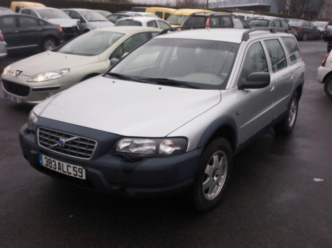 Left hand drive VOLVO XC 70 2.4 T CROSSCOUNTRY